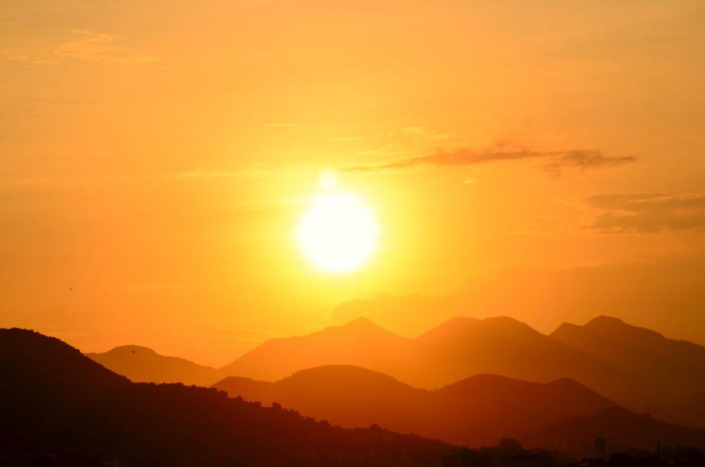 Vor der Sonne schützen mit Markisen